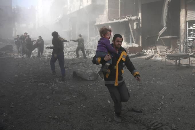 Ataque do governo em reduto rebelde na Síria