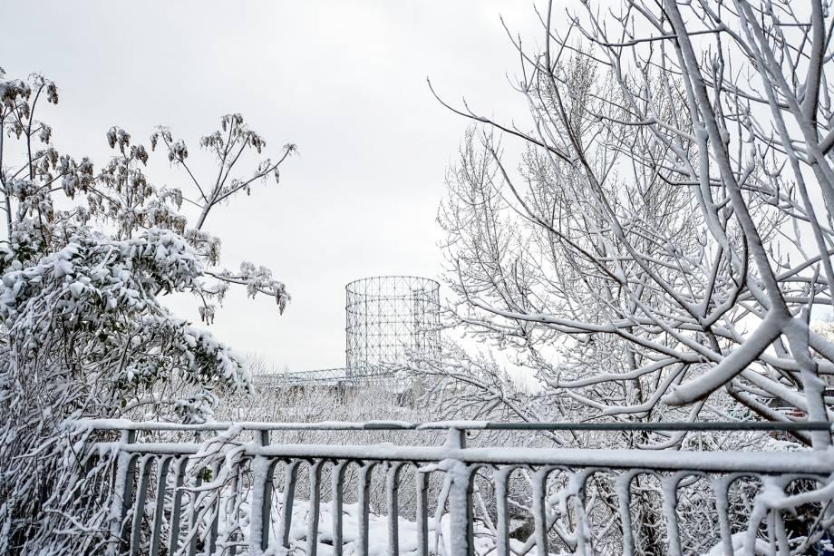 Onda de frio atinge Roma, capital da Itália. Na foto, o Gasômetro, atração turística da região - 26/02/2018