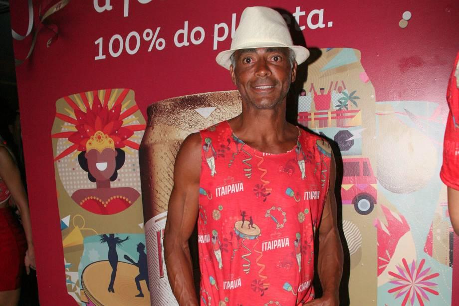 Romário posa para foto durante a chegada no Camarote Itaipava para curtir o carnaval carioca - 12/02/2018