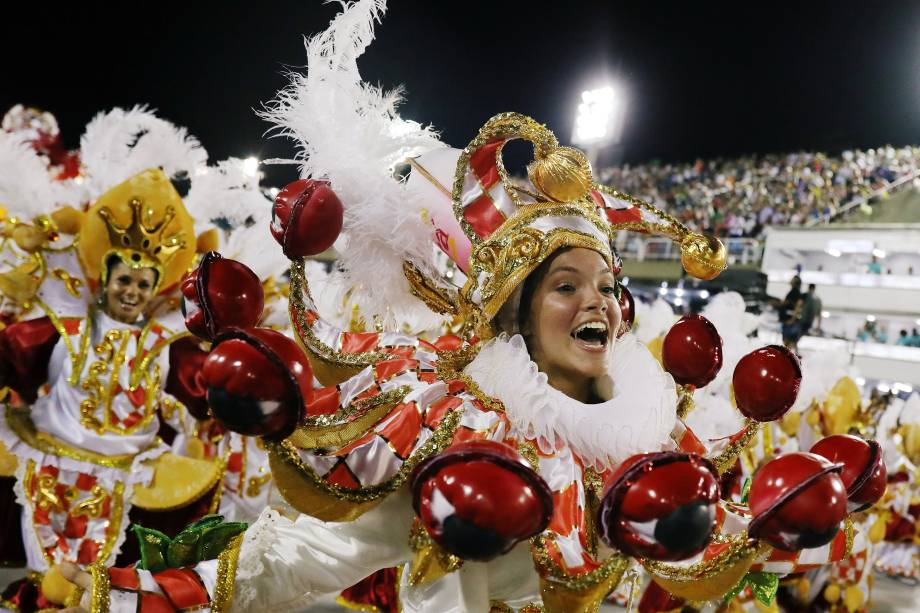 Revellers from Uniao da Ilha Samba school perform during the second night of the Carnival parade at the Sambadrome in Rio de Janeiro, Brazil February 13, 2018. REUTERS/