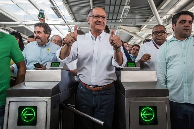 O governador Geraldo Alckmin na inauguração da estação Guarulhos-Aeroporto da CPTM