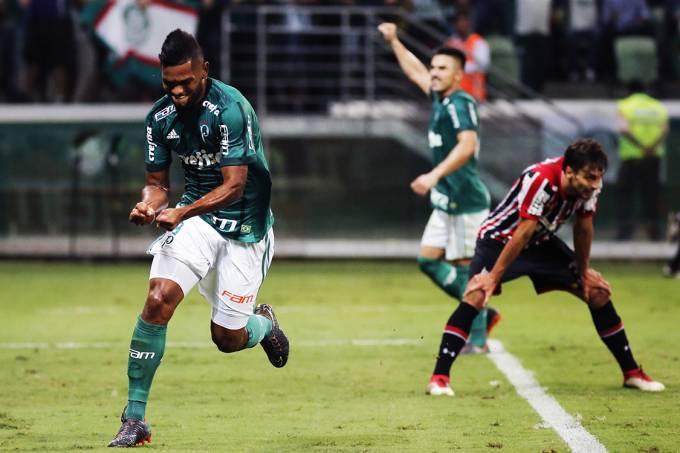 Borja, do Palmeiras, comemora gol contra o São Paulo, pelo Campeonato Paulista, no Allianz Parque