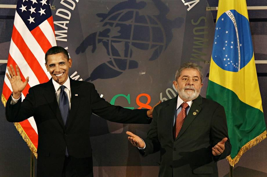 Lula em encontro com o presidente dos Estados Unidos, Barack Obama, antes de uma reunião, em 2009.
