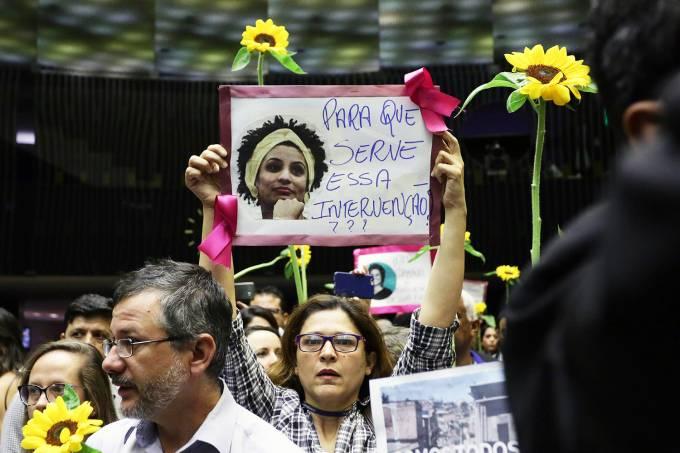 Deputados homenageiam Marielle Franco