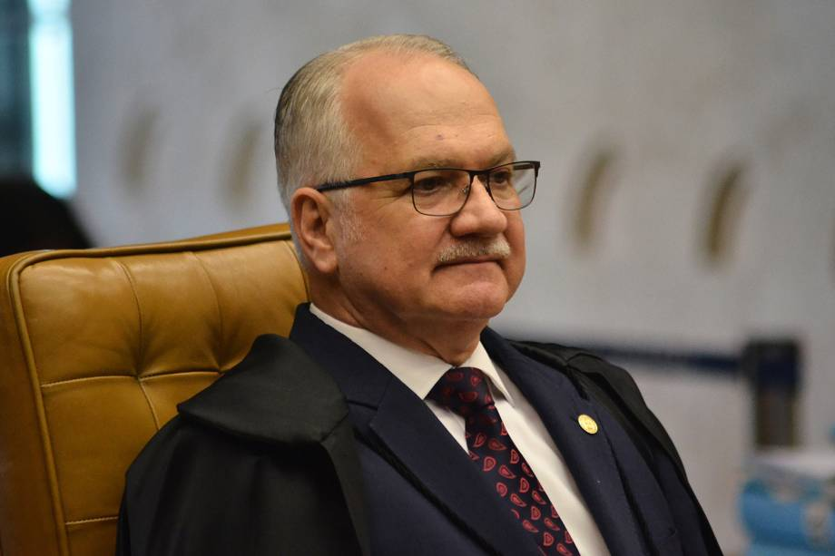 O ministro Edson Fachin, durante sessão plenária da Corte, para o julgamento do habeas corpus do ex-presidente Luiz Inácio Lula da Silva - 22/03/2018