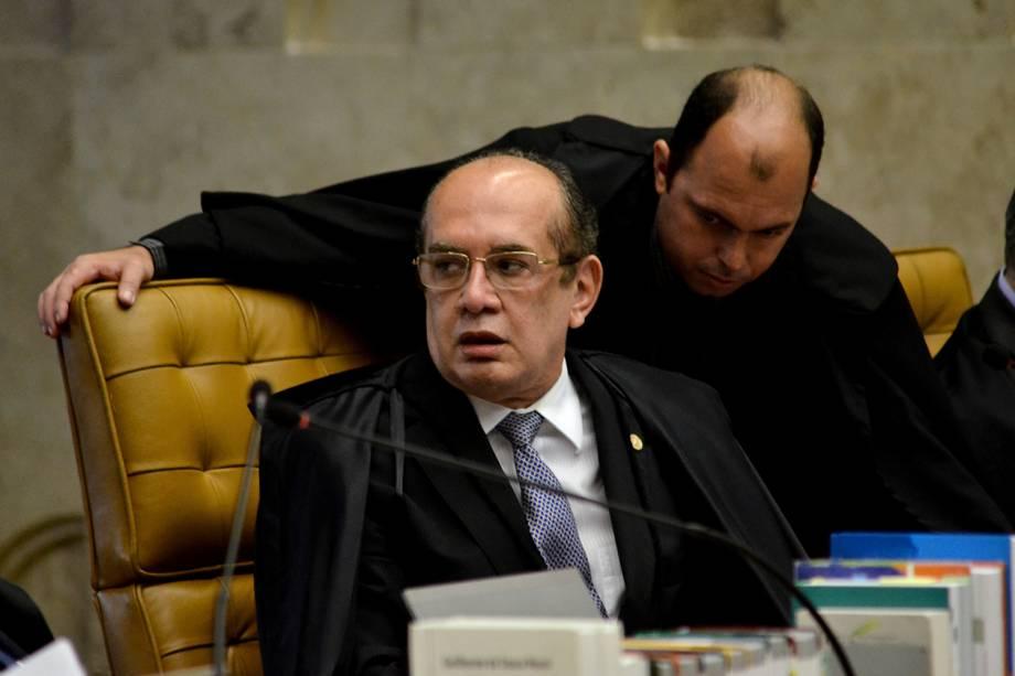 Ministro Gilmar Mendes, durante sessão plenária da Corte, para o julgamento do habeas corpus do ex-presidente Luiz Inácio Lula da Silva - 22/03/2018