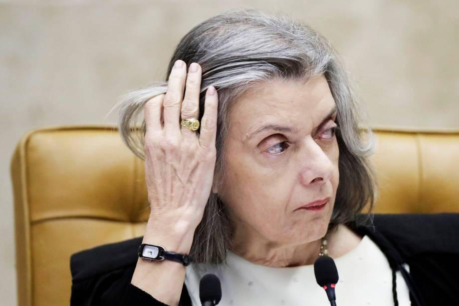 A presidente do STF, ministra Cármen Lúcia, durante sessão que julga o habeas corpus preventivo do ex-presidente Lula - 22/03/2018