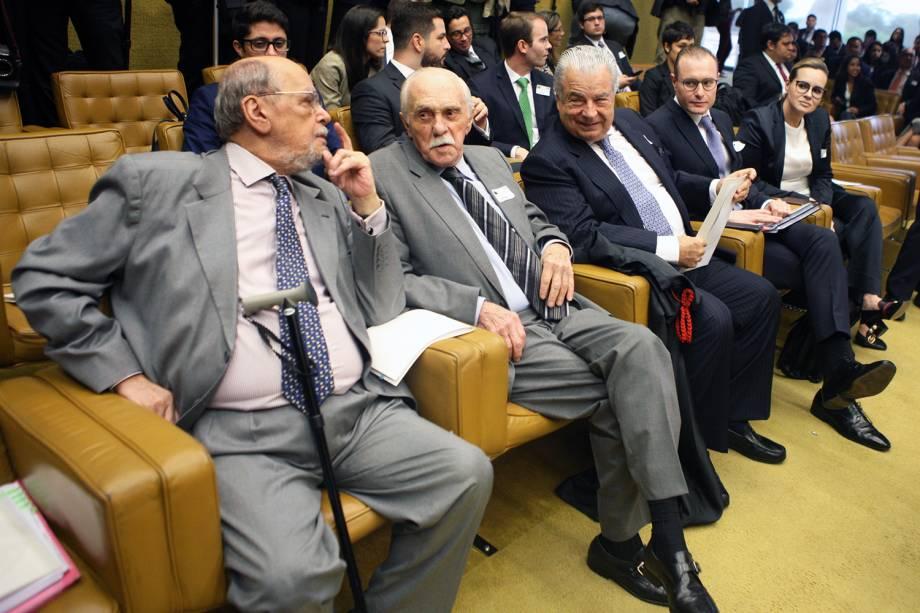 Advogados do ex-presidente Lula durante sessão do STF, que julga habeas corpus preventivo do petista - 22/03/2018