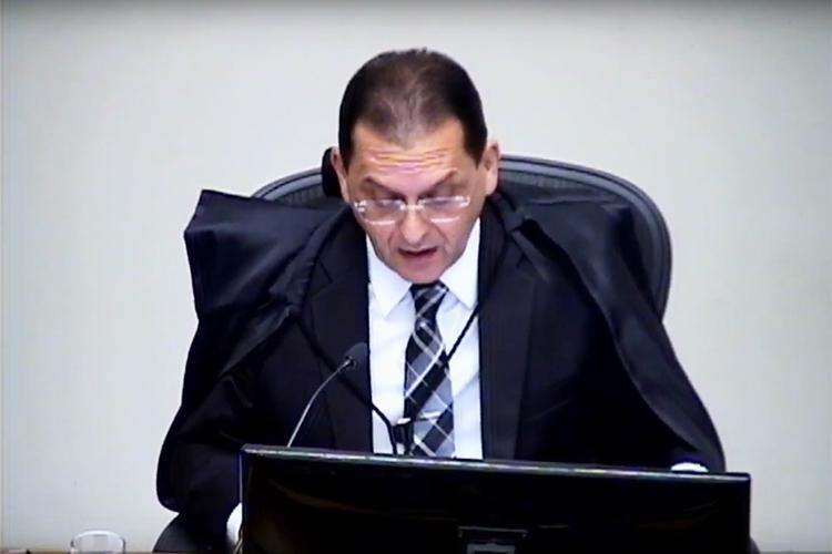 O ministro do STJ (Superior Tribunal de Justiça), Reynaldo Soares da Fonseca, durante julgamento do pedido de habeas corpus do ex-presidente Lula - 06/03/2018