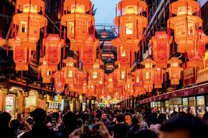 Luzes para a China – O caminho, segundo Xi: crescimento mais lento e elevação do padrão de consumo da população