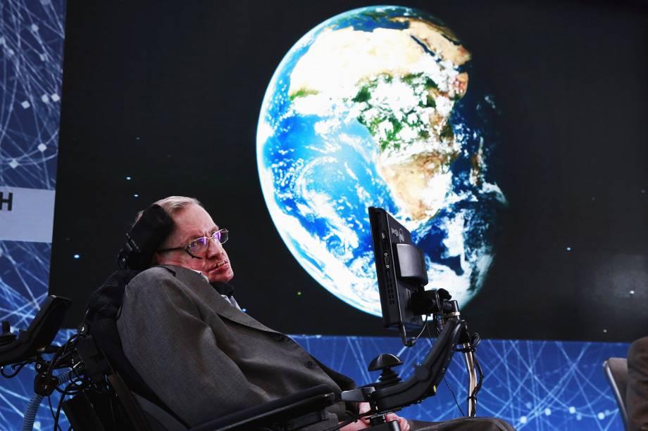 O físico britânico Stephen Hawking participa de evento em Nova York - 12/04/2016