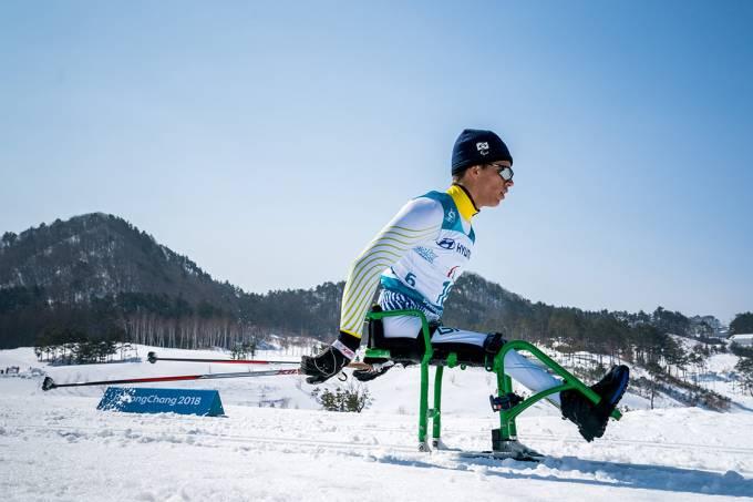 Cristian Ribera durante prova de Cross-Country na Paralimpíadas de PyeongChang, na Coreia do Sul