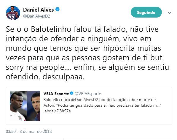 Daniel Alves usou Twitter para se desculpar
