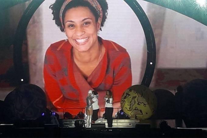 Katy Perry homenageia Marielle durante show no RJ