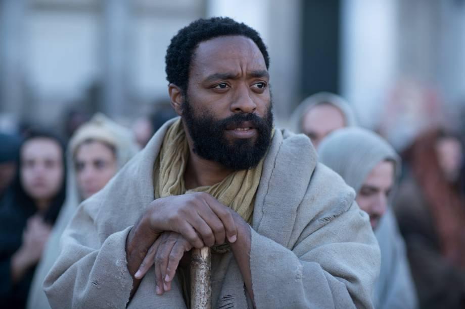 Pedro (Chiwetel Ejiofor), em cena do filme 'Maria Madalena'