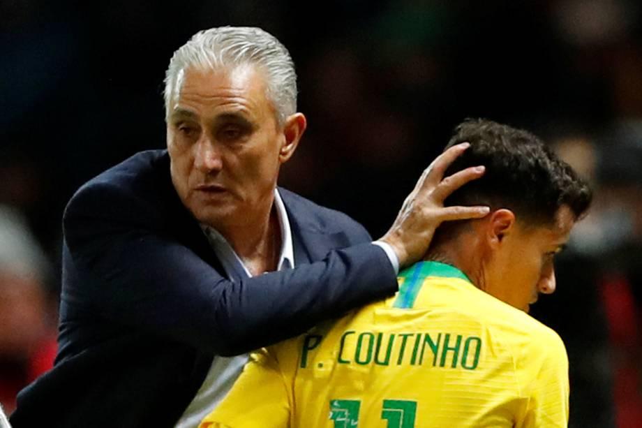 Tite substitui Philippe Coutinho, durante partida amistosa contra a Alemanha, em Berlim - 27/03/2018