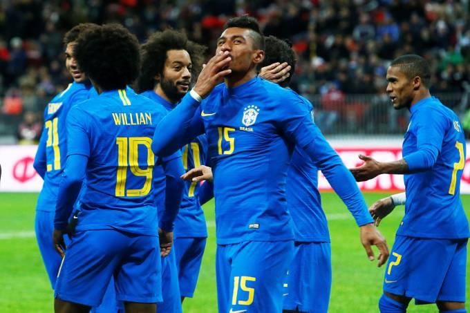 Brasil x Rússia – Paulinho
