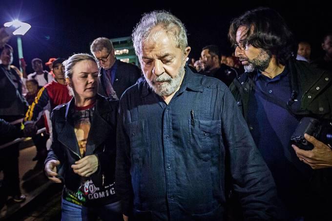A prática – Lula: a concessão do habeas-corpus poderia adiar sua prisão em até nove anos