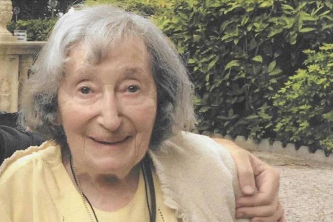Sobrevivente do Holocausto morre esfaqueada e queimada na França