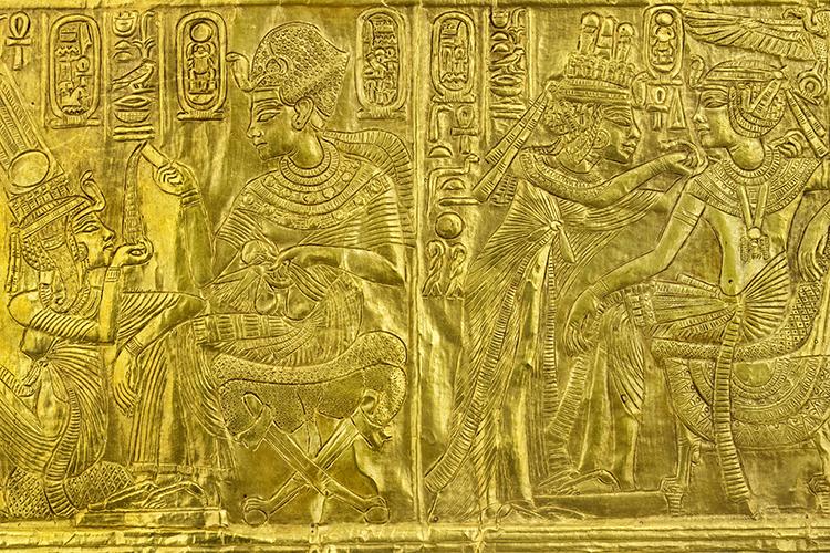 Objetos encontrados na tumba de Tutankhamun usados na exposição King Tut: Tesouros do faraó dourado