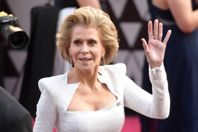 A atriz Jane Fonda no tapete vermelho do Oscar 2018