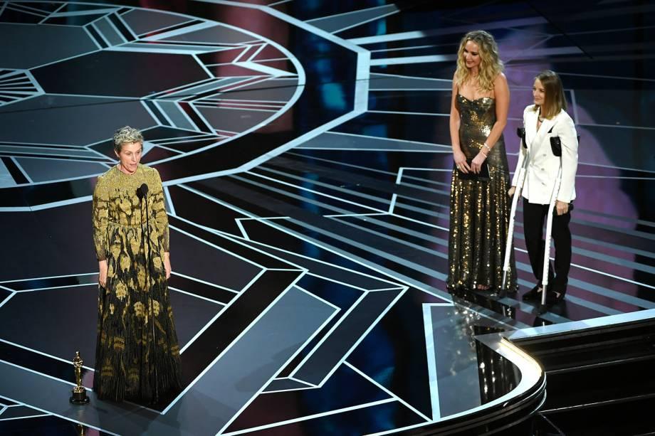 Frances McDormand fala após vencer o Oscar de melhor atriz por 'Três Anúncios para um Crime'