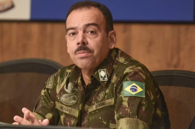 O secretário de Estado de Segurança do Rio, general Richard Nunes
