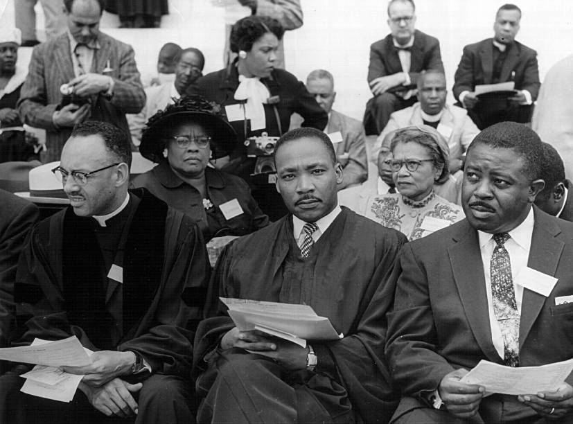Rev. Martin Luther King participa de uma peregrinação de oração pela liberdade de direitos civis, em Washington D.C, Estados Unidos - 17/05/1957