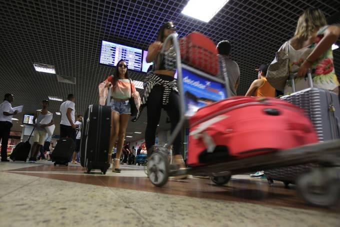 Movimentação no aeroporto de Salvador