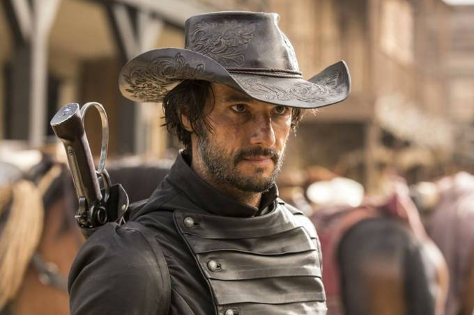 Rodrigo Santoro na série Westworld