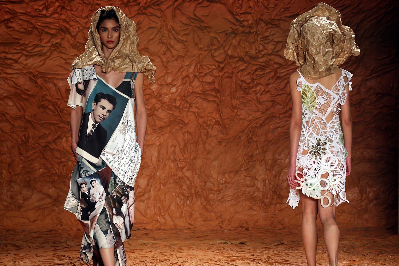 Modelos apresentam criação de Ronaldo Fraga, durante desfile na São Paulo Fashion Week, em São Paulo (SP) - 26/04/2018
