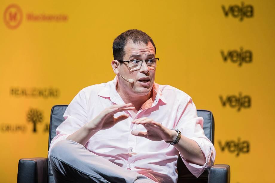 <span>Coordenador do Monitor do Debate Político no Meio Digital e professor da</span>Universidade de São Paulo (USP),Pablo Ortellado foi entrevistado sobre o quanto as redes sociais irão impactar as eleições - 24/04/2018