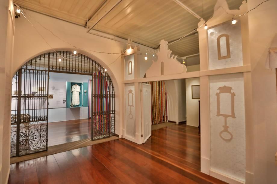Vista geral da exposição em homenagem a Dona Canô