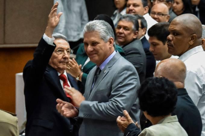 Raúl Castro e Miguel Diaz-Canel