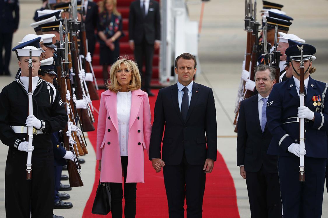 Macron Chega Aos Eua Para Discutir O Acordo Nuclear Com Ira Veja