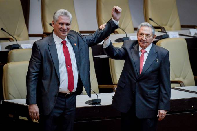 Novo presidente eleito de Cuba Miguel Diaz-Canel