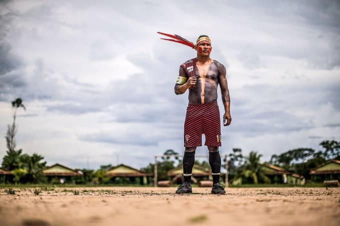 Ídolo – O atacante Paulo Sompré, conhecido como Arú, ficou famoso por pintar o corpo antes das partidas