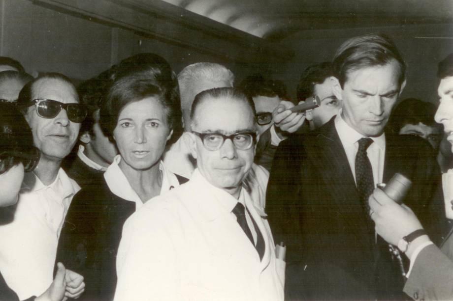 Prof. Decourt e Cristiaan Bernard - 1968
