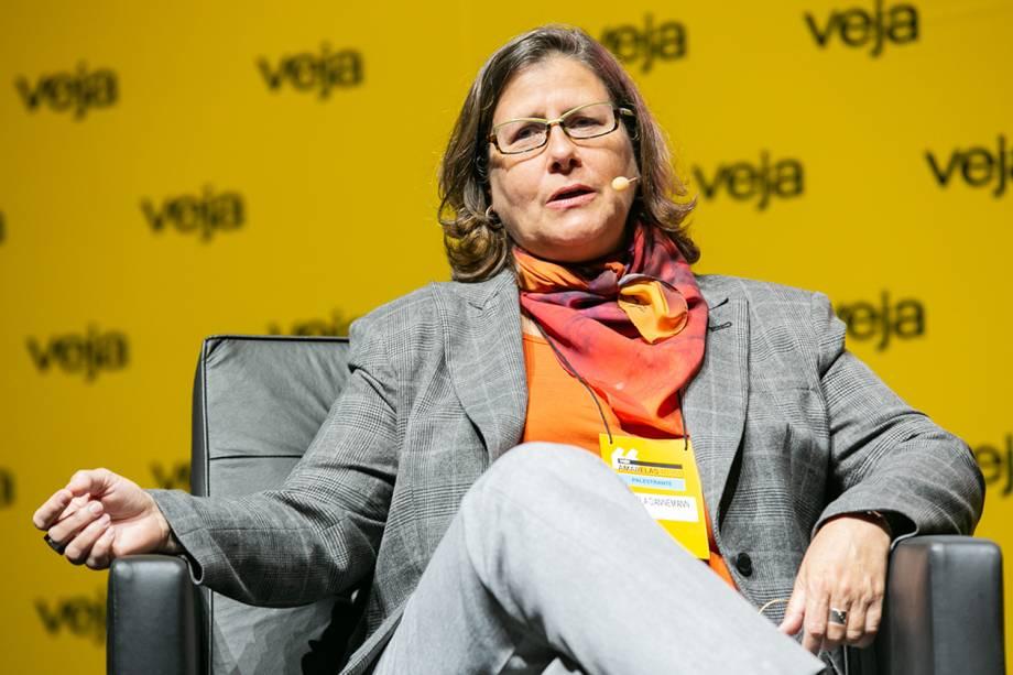 """Em seguida, Angela Dannemann, CEO da Fundação Itaú Social, <a href=""""https://veja.abril.com.br/educacao/para-especialista-executivo-nao-implementa-politicas-publicas-de-educacao/"""">conversou sobre o tema 'Como engajar a sociedade na causa do ensino'</a> - 29/05/2018"""