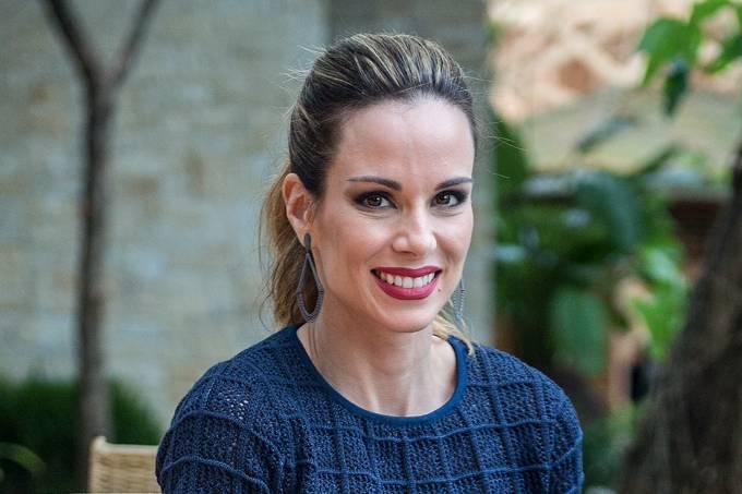 A apresentadora Ana Furtado