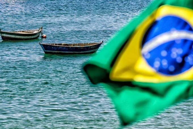 boat-2646176_1920