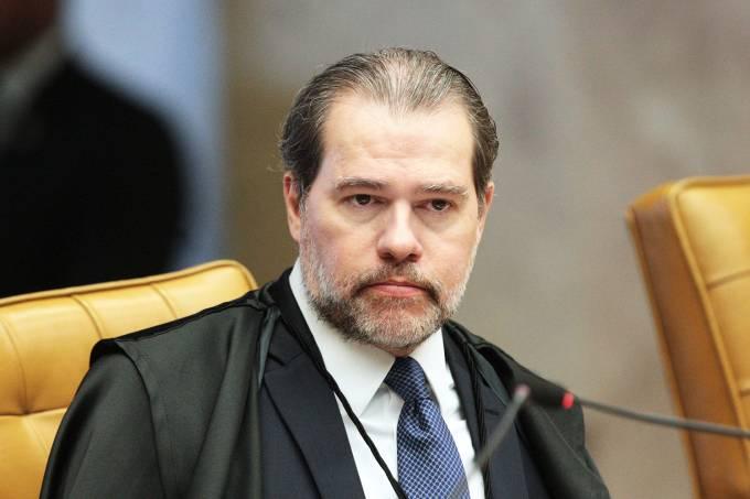 Toffoli cassa decisão de Moro que impôs tornozeleira eletrônica a Dirceu