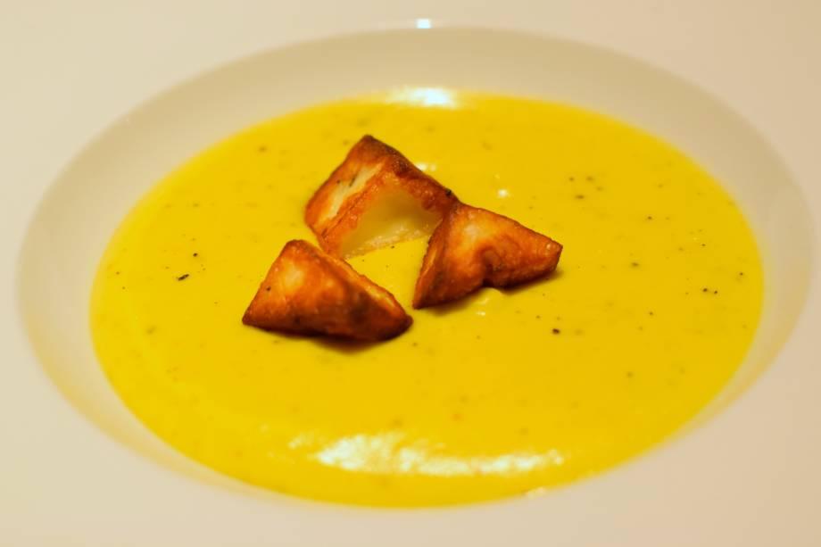 Creme de abóbora com queijo coalho: entrada no jantar