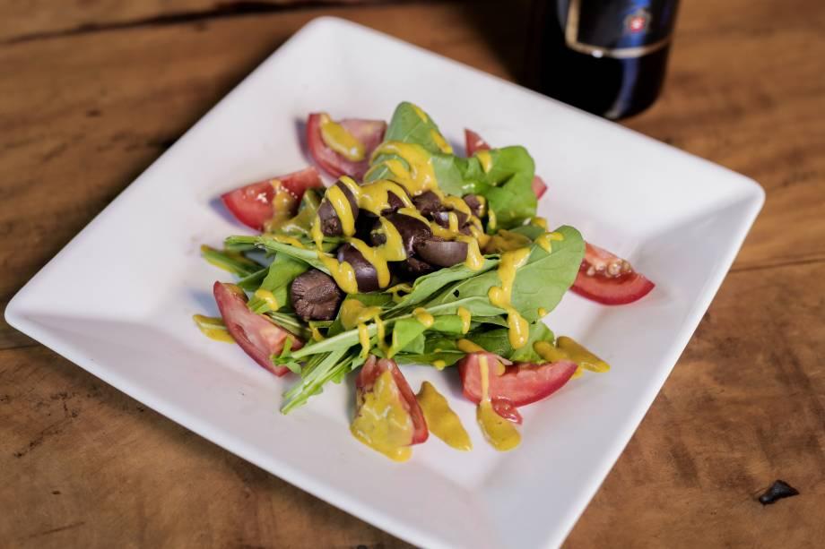 <span>El Negro: Salada da Dedé</span><span>como opção de entrada</span>