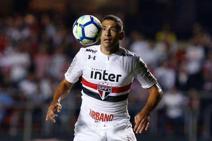 Diego Souza – São Paulo x Atlético-PR