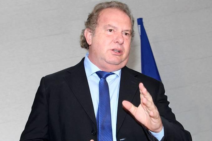 Mauro-Carlesse-desmente-Marcelo-Miranda-afirma-que-programa-de-cirurgias-foi-lançado-na-sua-gestão-Mauro-Carlesse