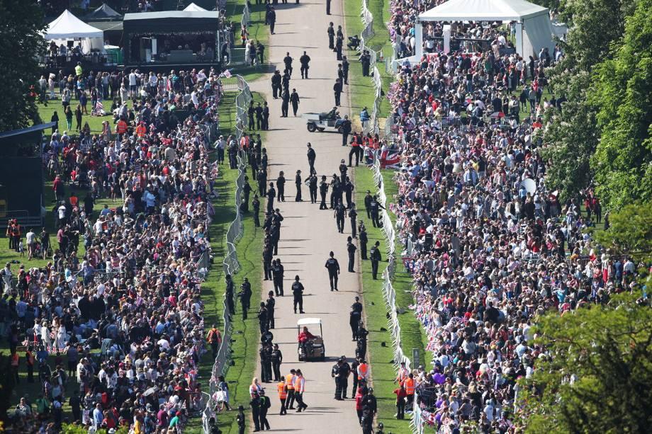 Vista aérea da Long Walk,em frente ao Castelo de Windsor, antes do casamento entre o príncipe Harry e a atriz Meghan Markle - 19/05/2018