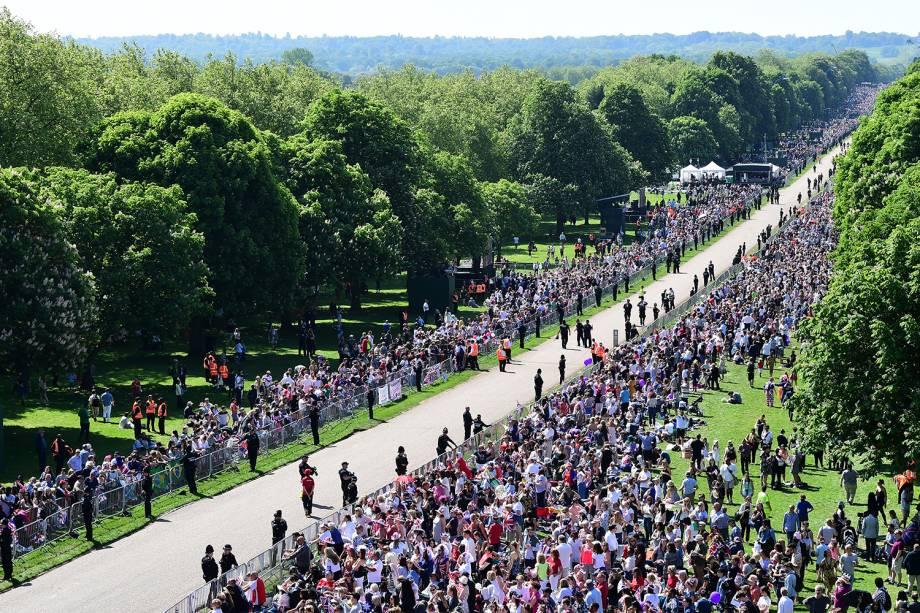Vista aérea da Long Walk, em frente ao Castelo de Windsor, antes do casamento entre o príncipe Harry e a atriz Meghan Markle - 19/05/2018