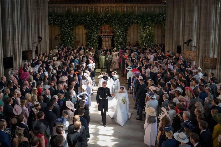 O príncipe Harry e sua esposa, Meghan Markle deixam a Capela de São Jorge após cerimônia de casamento - 19/05/2018
