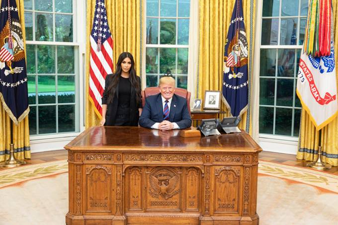 Donald Trump recebe Kim Kardashian na Casa Branca